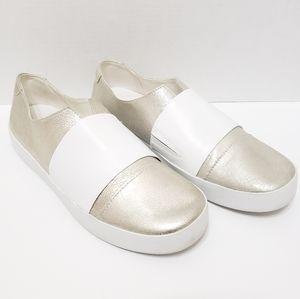 5/$15 ED Ellen Degeneres Gold White Garstin Shoes